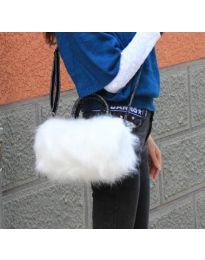 Дамска чанта с пух в бяло - код B154