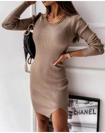 Семпла дамска рокля в бежово - код 4545