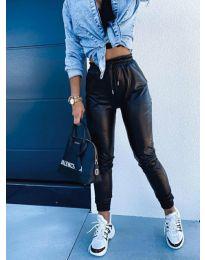 Дамски  панталон в черно - код 9504