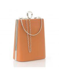 Дамска изчистена чанта в кафяво - код 20121