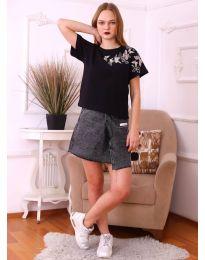 Дамска тениска в черно с принт - код 9590