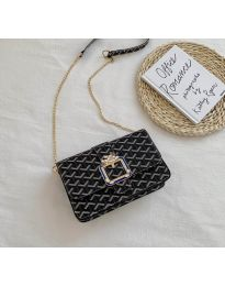 Дамска чанта в черно - код B94
