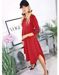 Свободна рокля в червено с асиметрична долна част - код 727
