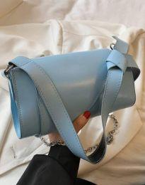 Дамска чанта в светлосиньо - код B572