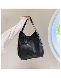 Дамска чанта в черно - код B5