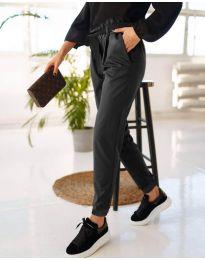Дамски панталон в черно - код 4750