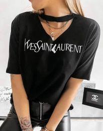 Тениска с ефектно деколте в черно - 4257