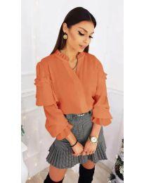 Дамска риза с ефектни ръкави в оранжево - код 683