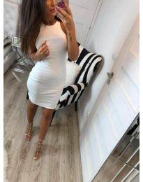Изчистена рокля по тялото в бяло - код 2623