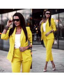 Дамски комплект от сако и панталон в жълто - код 886