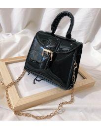 Дамска чанта в черно - код B140