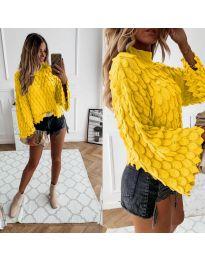 Ефектен дамски пуловер в жълто - код 8092