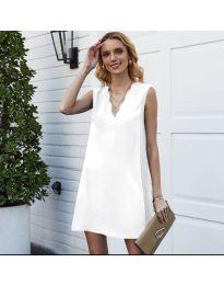 Свободна изчистена рокля в бяло - код 1429