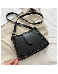 Дамска чанта в черно - код B117