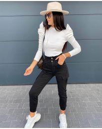 Дамска блуза в бяло - код 8027