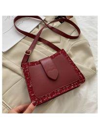 Дамска чанта в бордо - код B117
