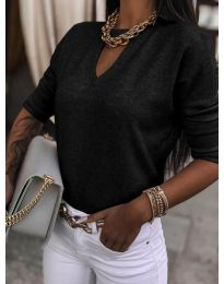 Изчистена дамска блуза в черно - код 8059