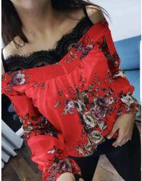 Червена дамска блуза на цветя с дантела при деколтето - код 796