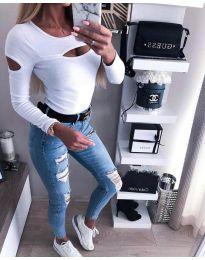 Ефектна дамска блуза в бяло - код 3518