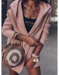 Къса плетена жилетка в розово - код 7823