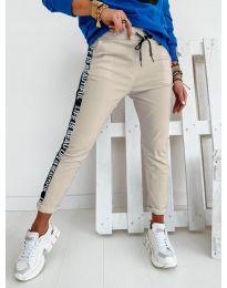 Дамски панталон в бежово - код 3062