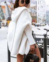 Дамска свободна плетена жилетка с качулка в бяло - код 4760