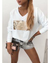 Атрактивна бяла блуза с пайети - код 4150