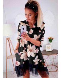 Черна рокля с десен на цветя и с дантела в долната част - код 599