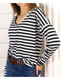 Дамска блуза на райе в черно и бяло - код 3319