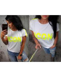 Дамска тениска в бяло с надпис в неоново жълто - код 474