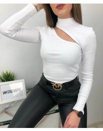 Атрактивна дамска блуза в бяло - код 6363