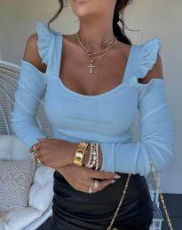 Блуза в светлосиньо с ефектни ръкави - код 2380