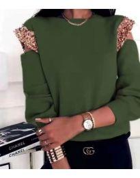 Атрактивна дамска блуза в маслено зелено - код 1539