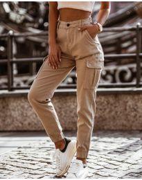 Панталон с джобове в бежово - код 2192
