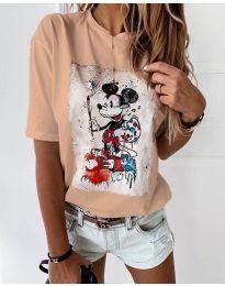 Дамска тениска в цвят праскова с ефектен принт - код 569