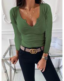 Изчистена дамска блуза в зелено - код 875