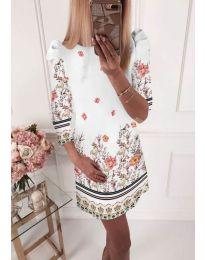 Елегантна рокля с флорални мотиви в бяло - код 245