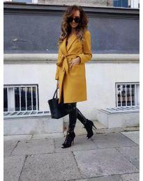 Дамско палто с колан в цвят горчица - код 182