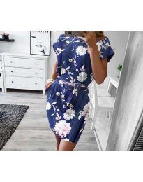 Дамска рокля в тъмно синьо с флорални мотиви - код 1015