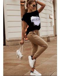 Дамска тениска в черно с принт - код 5579