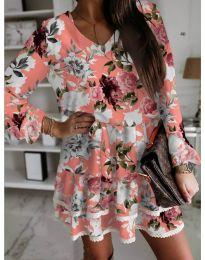 Дамска рокля в цвят праскова с флорални мотиви - код 105
