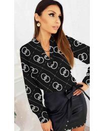 Дамска риза с флорални елементи в черно - код 827