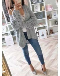 Дамска плетена жилетка с широки ръкави в сиво - код 231