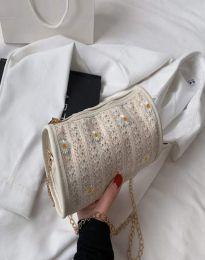 Дамска чанта в бяло - код B510