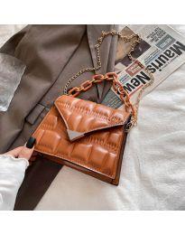 Елегантна дамска чанта в кафяво - код B535