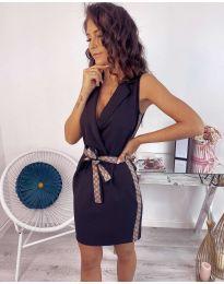 Стилна рокля в черно с интересен колан - код 123