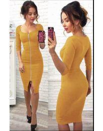 Стилна рокля в цвят горчица с цип в предната част - код 445