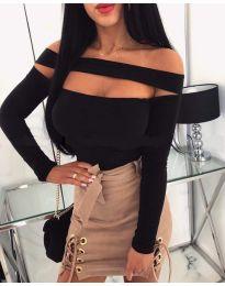 Блуза в черно с ефектно деколте - код - 951