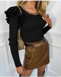 Атрактивна дамска блуза в черно - код 8865