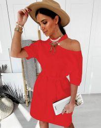 Дамска рокля в червено с голо рамо - код 5848